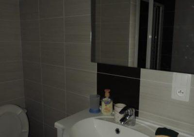 Salle de bain location gîte meublé Restaurant les ours